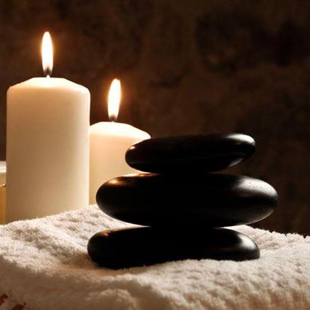 Χαλαρωτικό μασάζ με ζεστό κερί